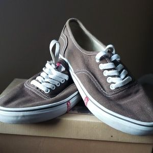 Levi's Canvas Shoe